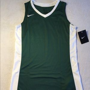 NWT Nike Youth Girls Basketball Jersey Sz L Green